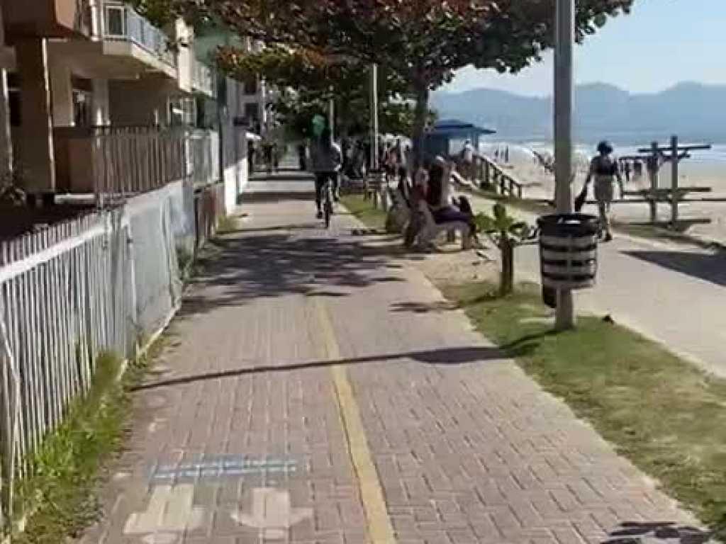 LOCAÇÃO TEMPORADA - APARTAMENTO QUADRA MAR