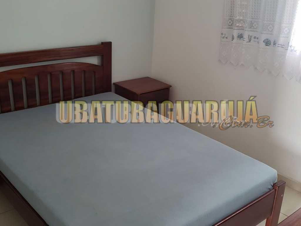 Apartamento 13-A de 1 dormitório para 5 pessoas a duas quadras da Praia Grande - Ubatuba