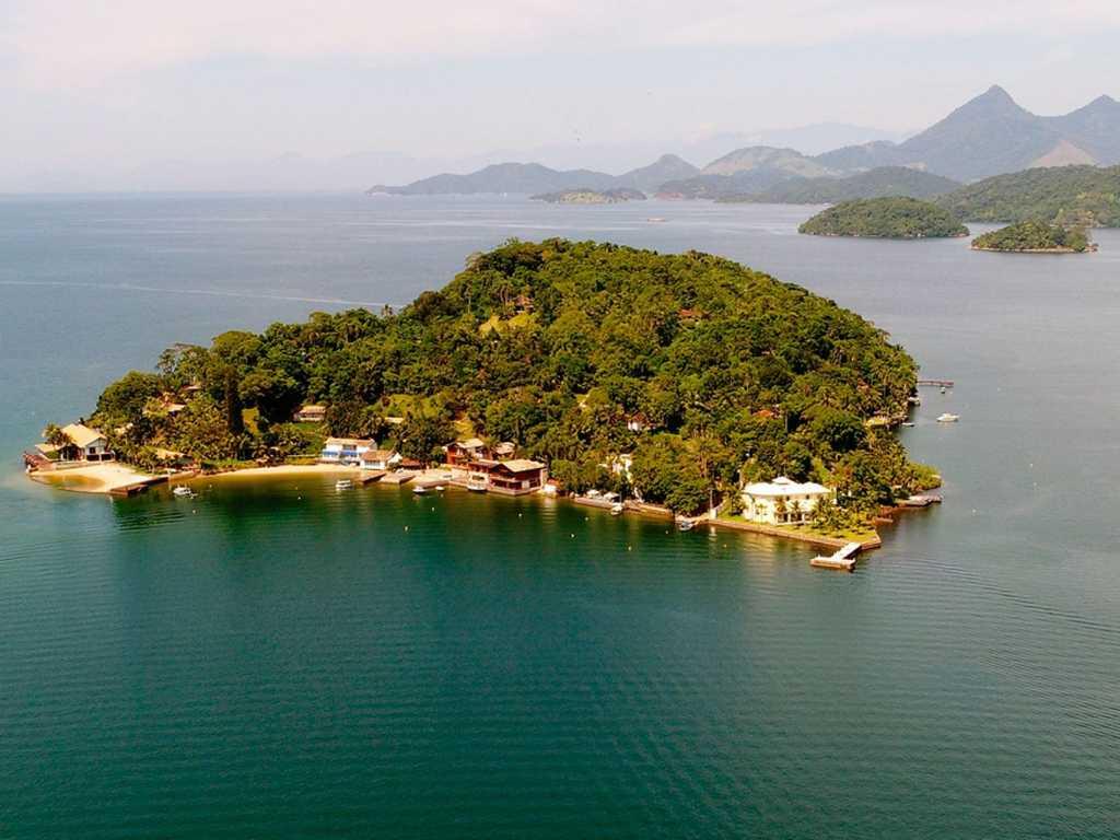Ang036 - Mansão na Ilha do Cavaco em Angra dos Reis