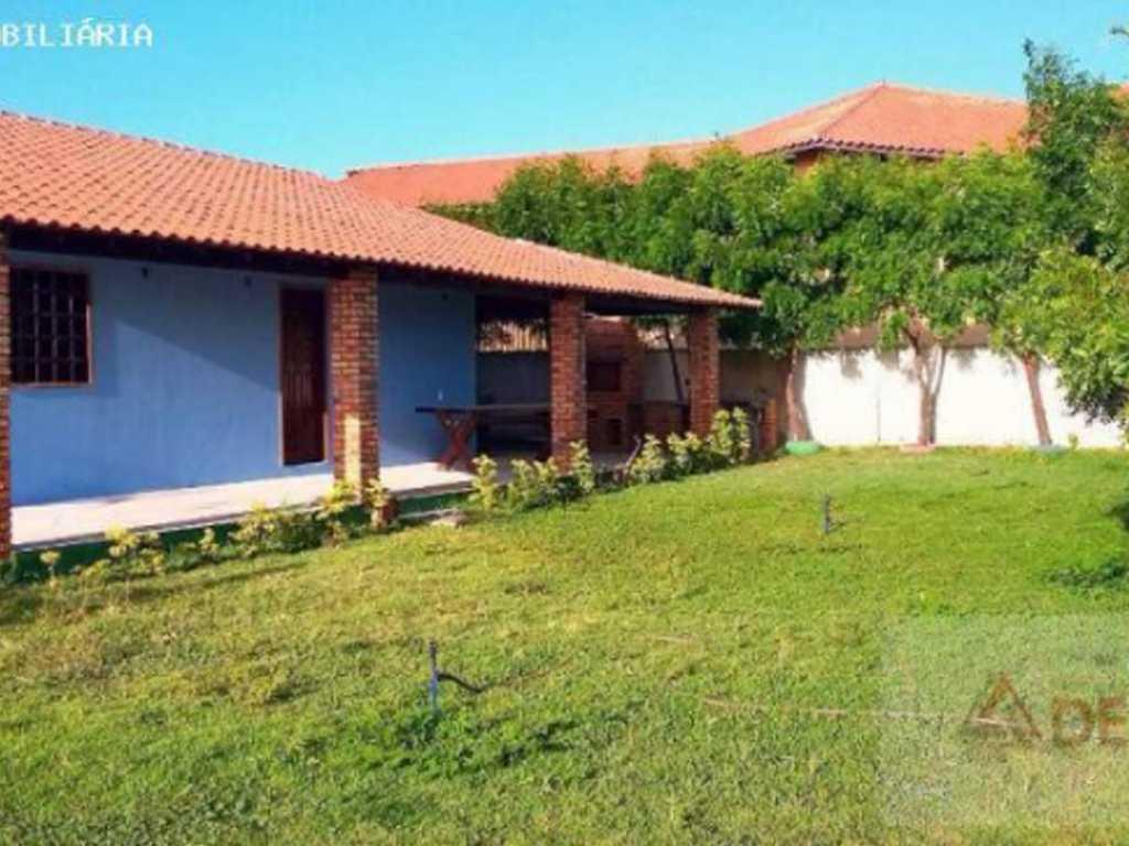 Casa para Temporada, Luís Correia / PI, bairro Coqueiro, 2 dormitórios, 1 suíte, 1 banheiro, 1 garagem, mobiliado
