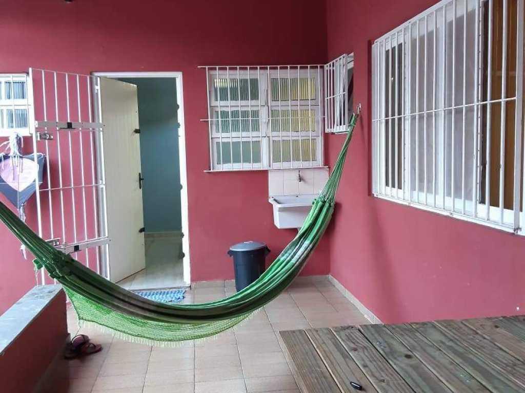 Aconchegante casa a 5 minutos da Praia em Itanhaém