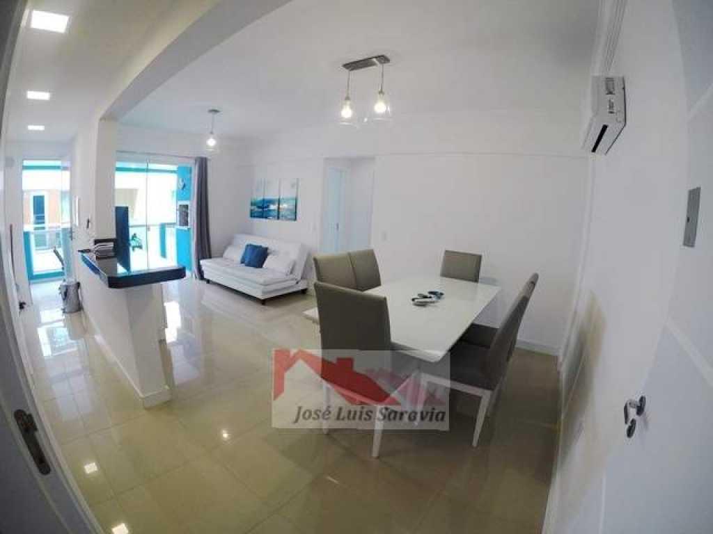Apartamento novinho, com piscina para adulto/infantil e sala de Jogos!