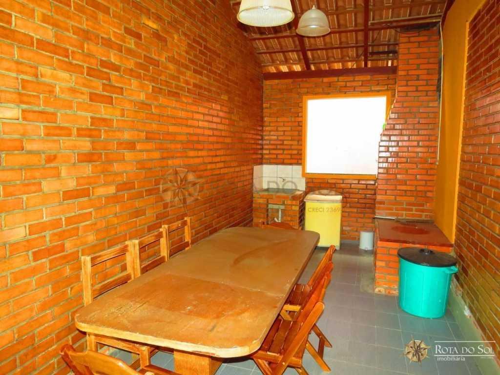 Cód 020A - Alugue sua casa de Praia em Bombinhas - Acomoda até 10 pessoas.