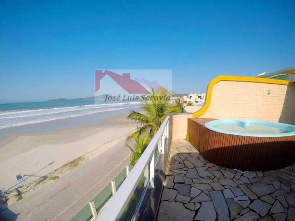Triplex Beira mar em Bombas Bombinhas SC