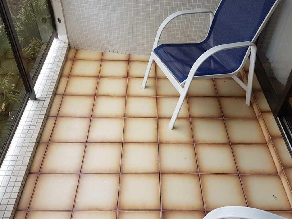 Excelente Apartamento de Temporada em Guarujá com 3 dormitórios