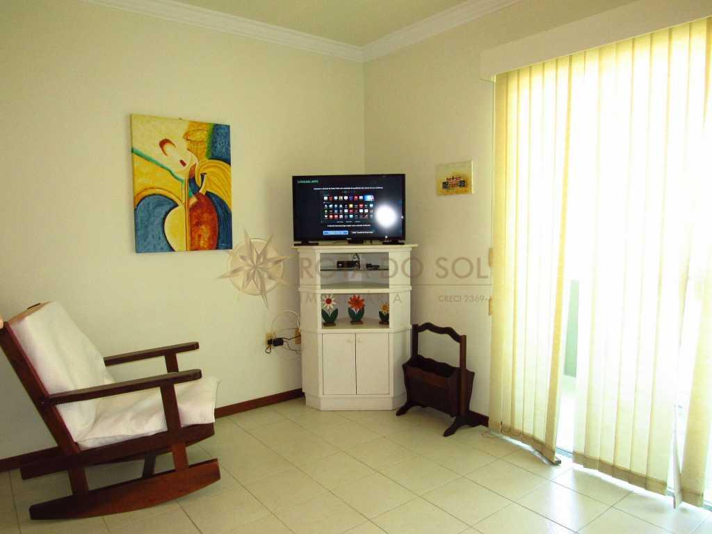 Cód 430 - Apartamento econômico em Bombinhas, 2 vagas de garagem e WI-FI.