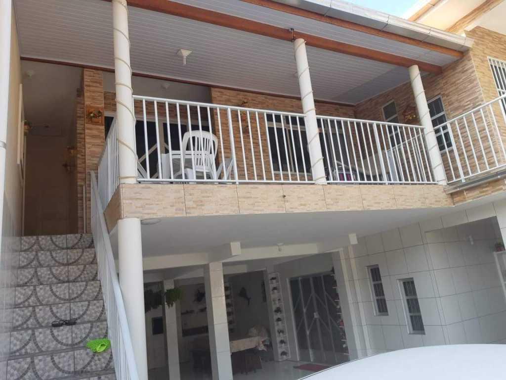 Residencial para até 4 pessoas a 300 mtrs do mar - casa 4