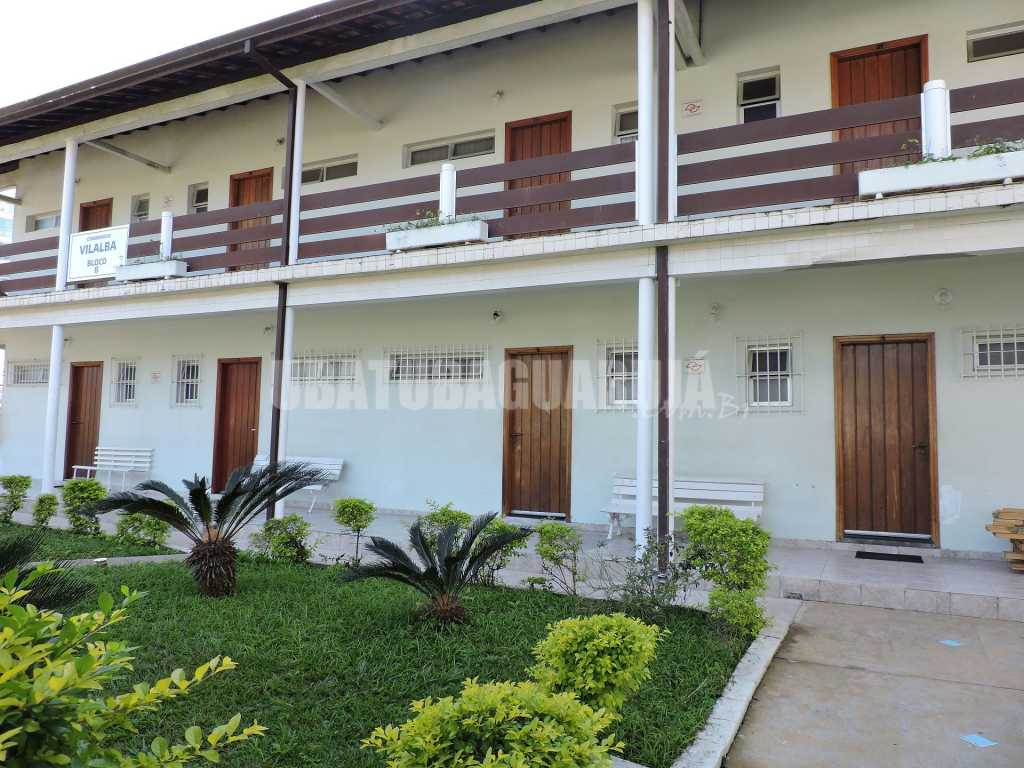 Apartamento 04-B de 1 dormitório para 5 pessoas a duas quadras da Praia Grande - Ubatuba