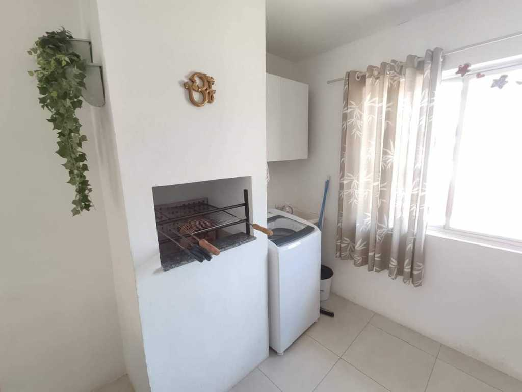 Lindo apartamento a 100 metros da praia de Mariscal.