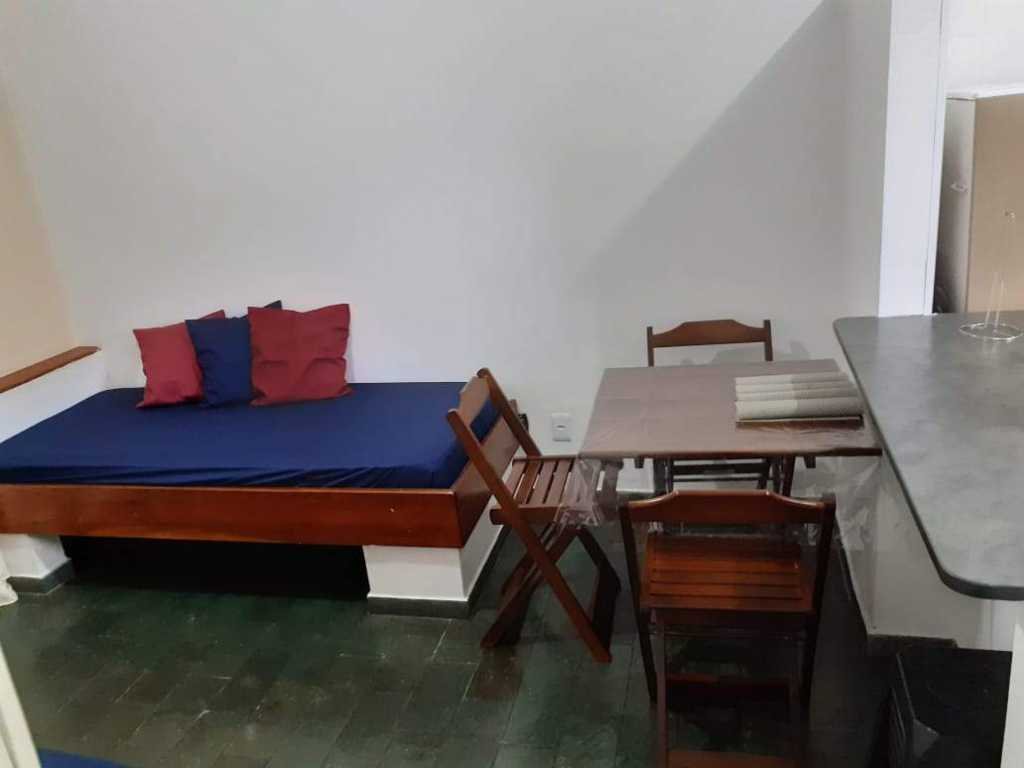 Apartamento com excelente localização em Ubatuba