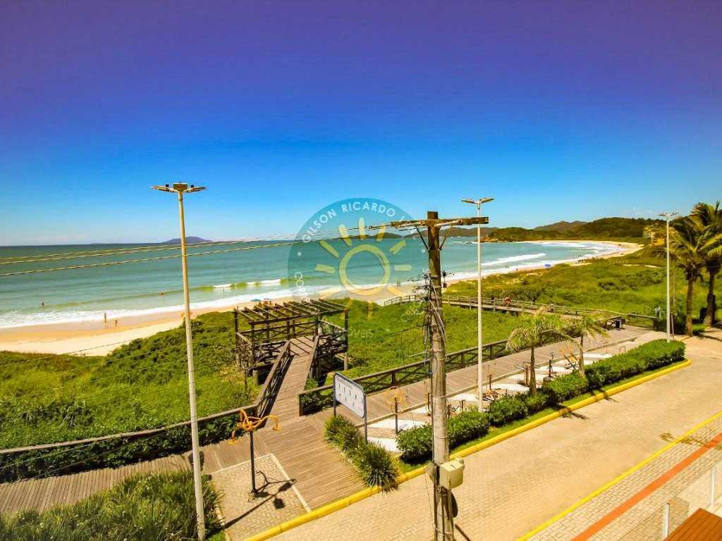Apartamento luxo 2 dormitórios com vista para o mar, de frente para a praia de quatro ilhas em Bombinhas
