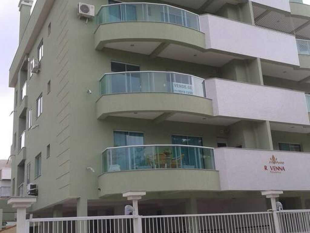 APARTAMENTO PADRÃO PROPRIETÁRIO EM BOMBINHAS-SC, 02 dorm. (01 suite)2 Ar, wi-fi. rv 302