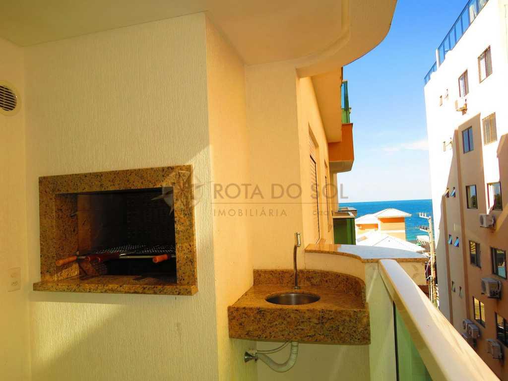 Cód - 051 Ótimo apartamento á poucos metros do mar, para até 6 pessoas, 2 vagas de garagem e Wi-Fi