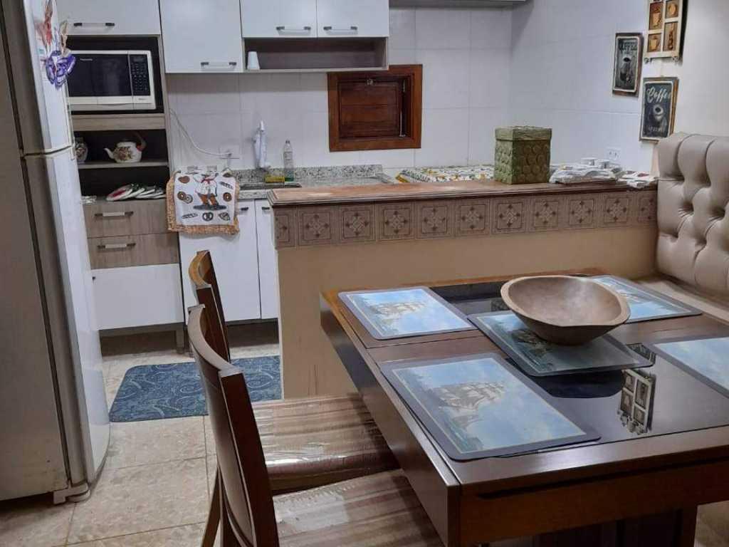 Linda casa em Peruíbe para você descansar