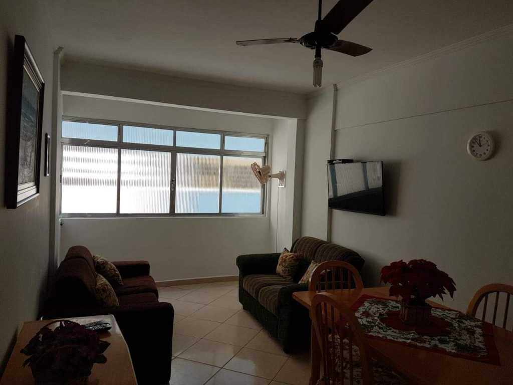 Aconchegante apartamento a 50 metros do mar