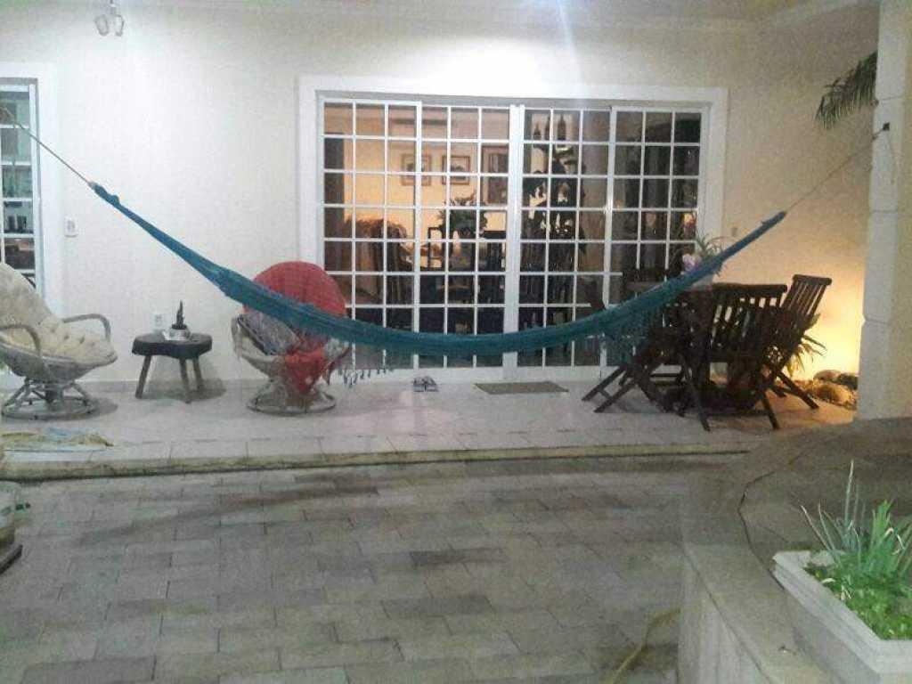 Casa com piscina 4 dormitorios com ar para 10 pessoas - Praia de Pereque - Porto Belo