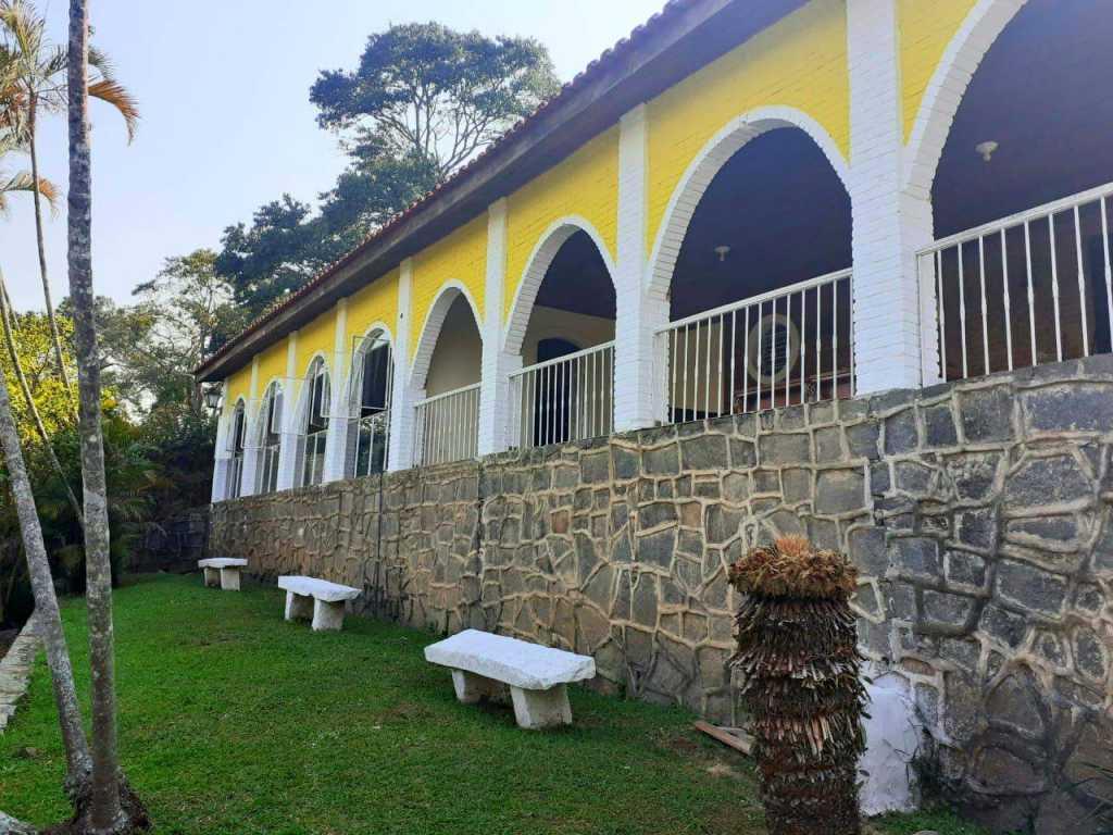 Lindíssima chácara em São Roque, 50 min de SP