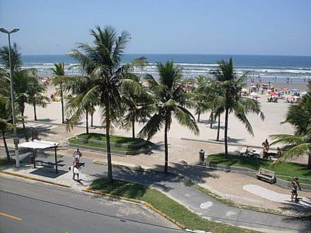 VILA TUPY 100ms da areia WI-FI - 1 dorm Whats 11-97597-1480