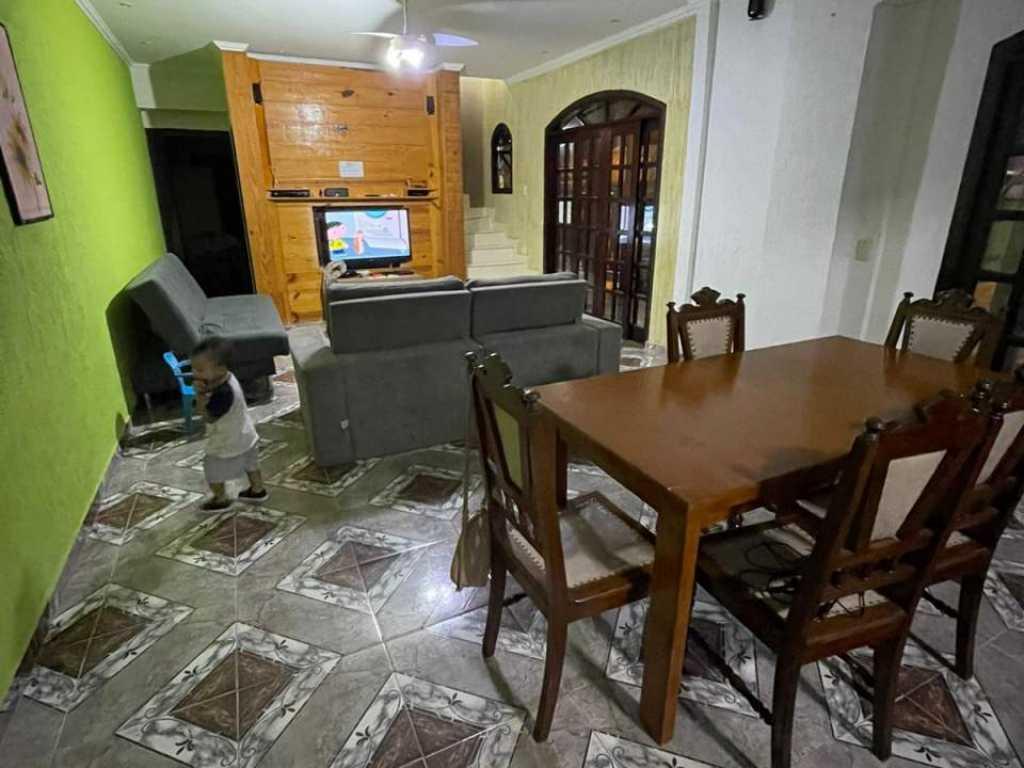 SOBRADO COM PISCINA UBATUBA - MARANDUBA 2 MIN CACHOEIRAS 5 MIN PRAIA