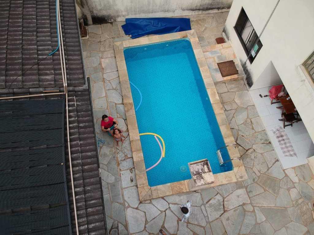 Casa Azevedo -Linda casa com piscina aquecida