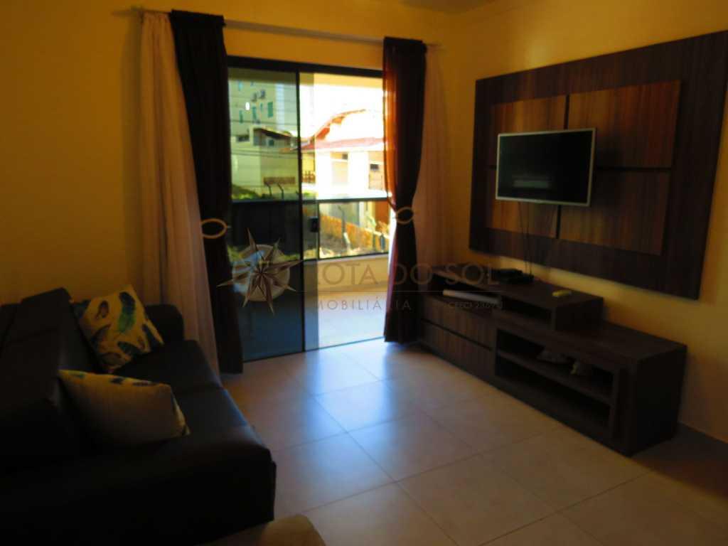 Cód 264 - Lindo apartamento, com excelente localização na praia de Bombinhas.