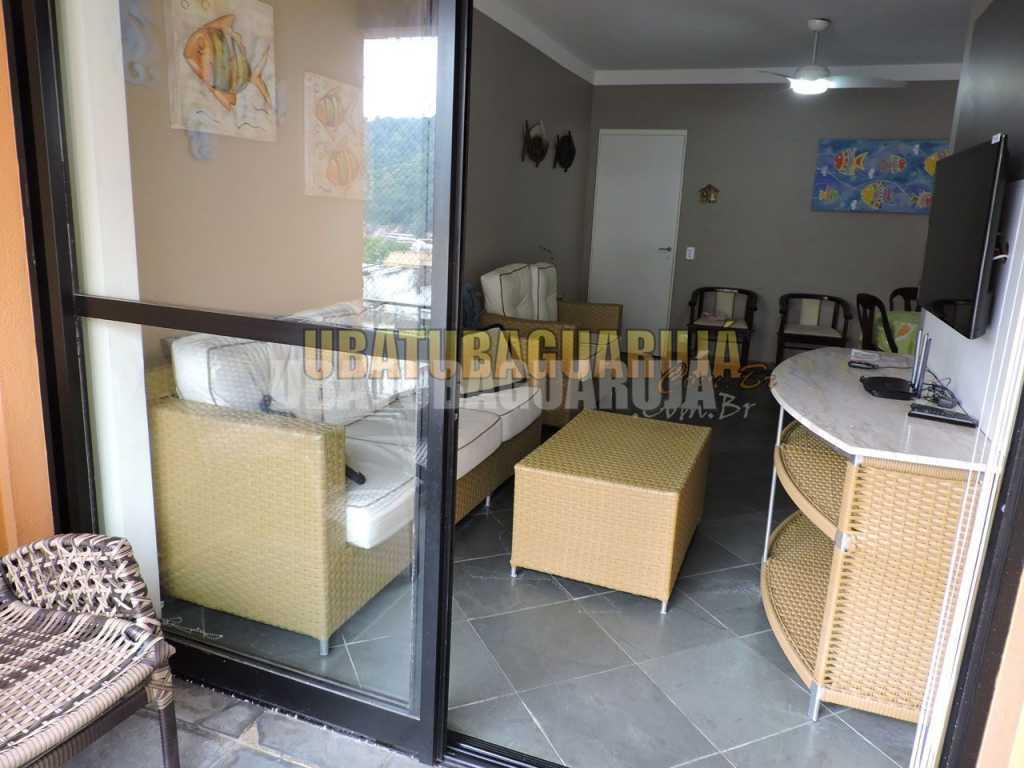 Apartamento 93 de 2 dormitórios para 6 pessoas a cinco quadras da Praia da Enseada - Guarujá
