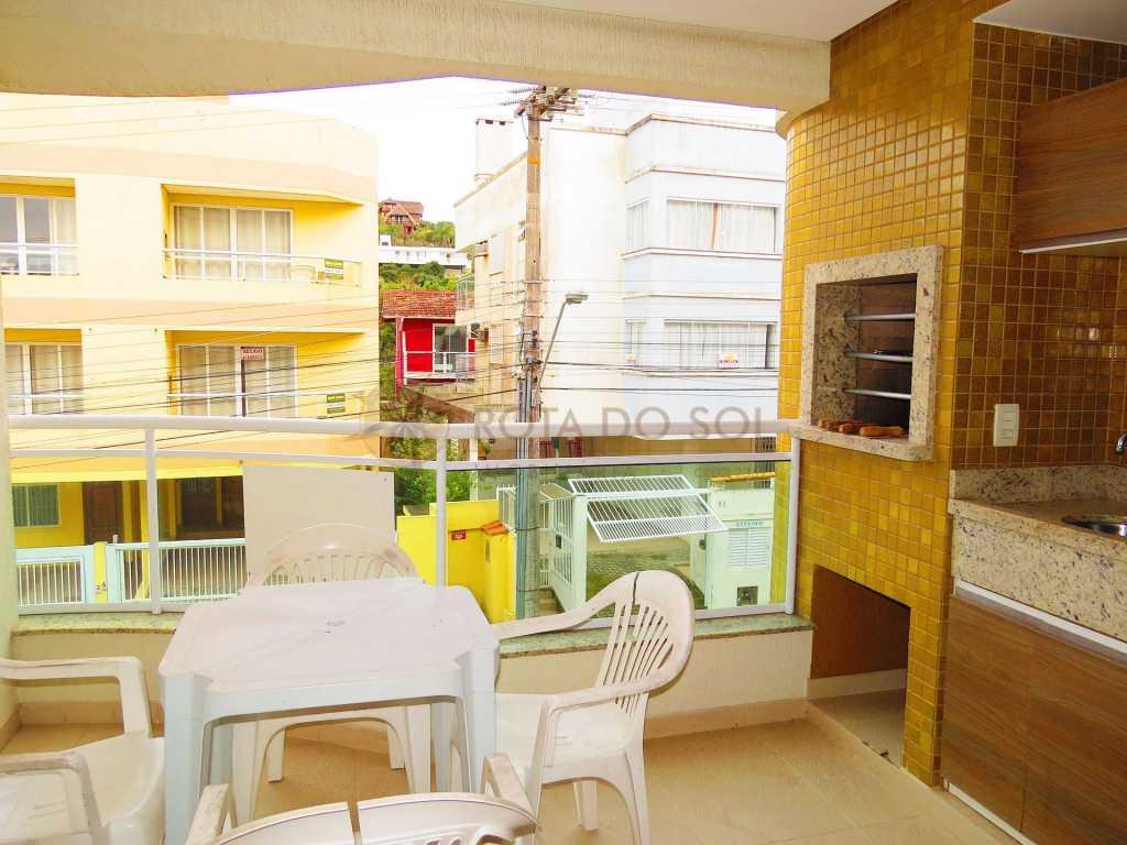 Cód 398 Lindo apartamento, próximo á espetacular praia da Sepultura.