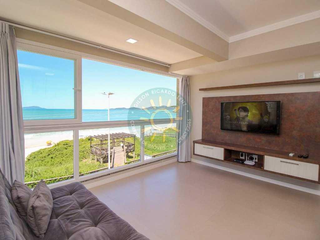 Apartamento de frente para o mar contendo dois dormitórios sendo 1 suíte mais 1 dormitório, para até 5 pessoas localizado na Praia de Quatro