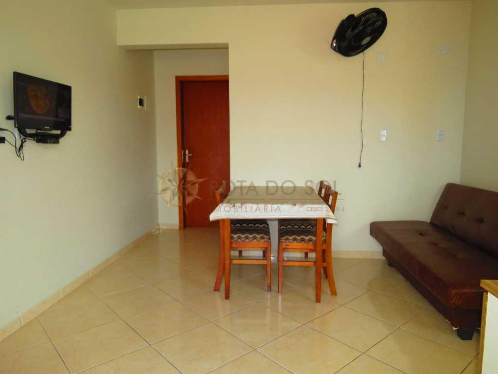 Cód 225-3 Apartamento com ótima localização, ideal para casal com 2 filhos na praia de Bombinhas.