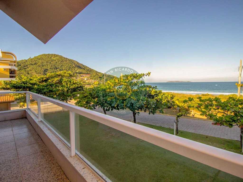 Casa de frente para a Praia de Quatro Ilhas - Bombinhas - EXCLUSIVO