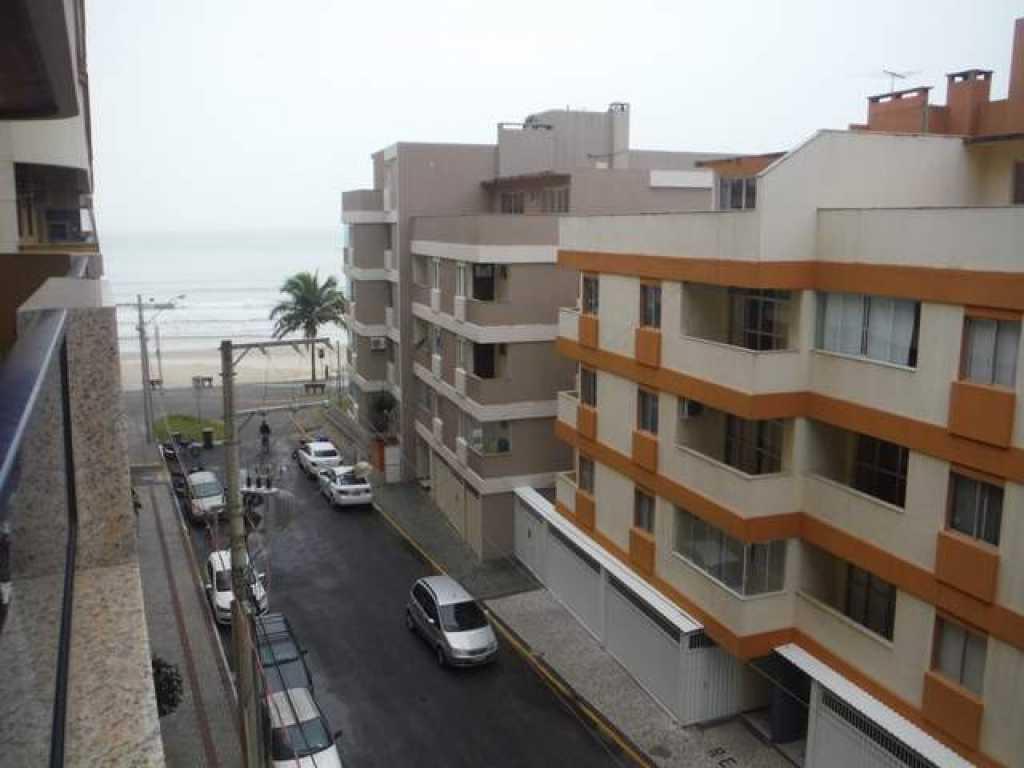 Apartamento 3 quartos com ar com vista para a praia - Meia Praia