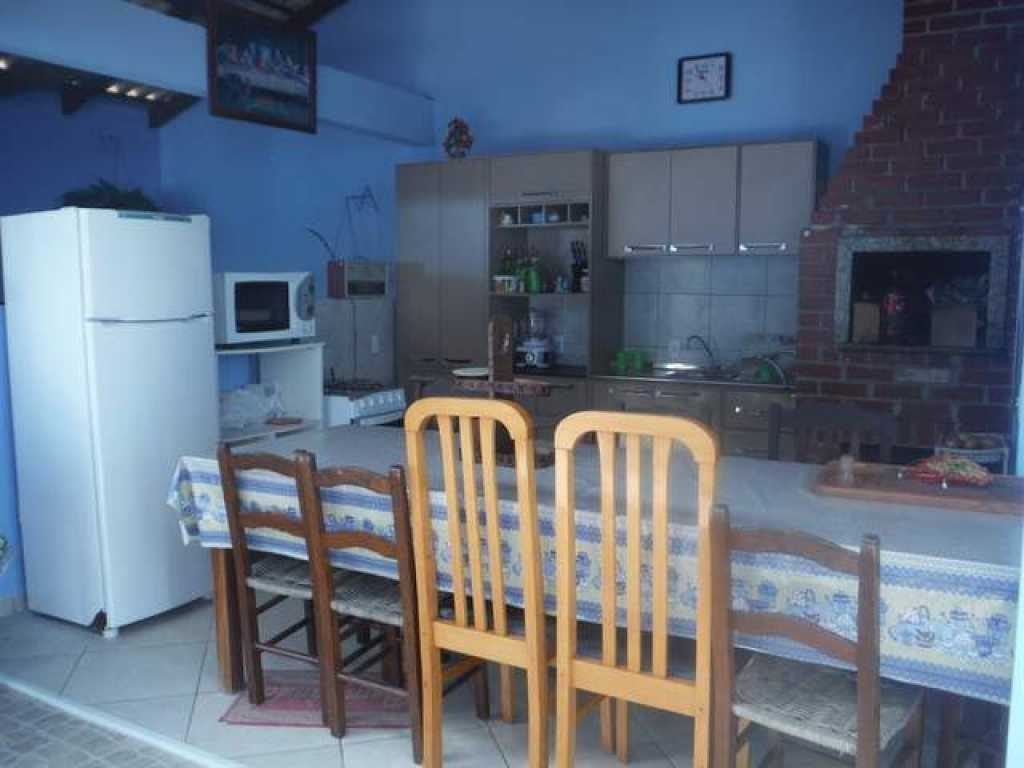Casa 3 quartos com 2 ar para 14 pessoas - Meia Praia