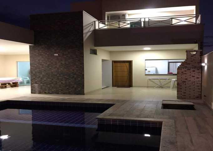 Casa 06 - Casa com Área gourmet e piscina em Porto Rico