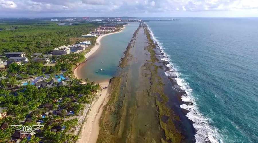 Conheça as 7 Praias de águas quentes o ano todo!