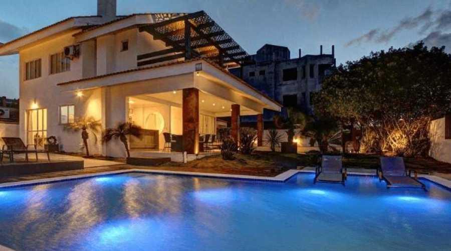 Qual site alugar casas e apartamentos de temporada em Bombinhas?