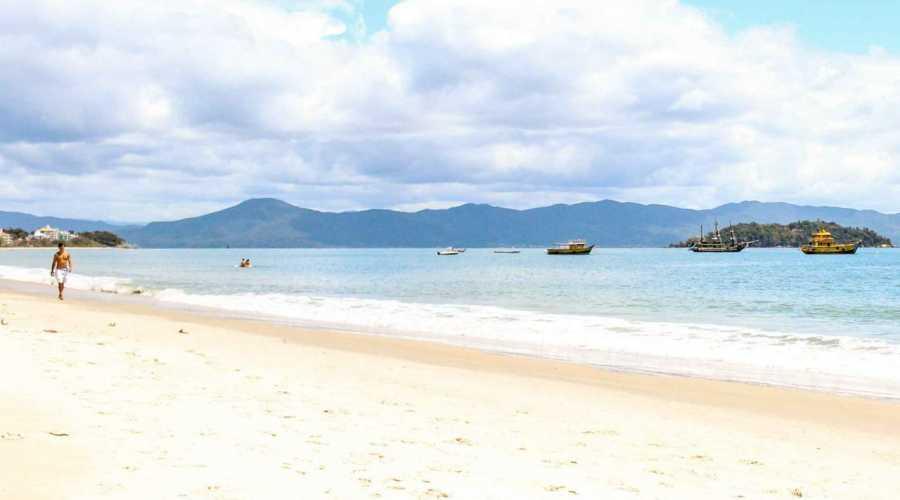 Mais espaço para a Temporada em Canasvieiras 2019/2020: Aumento da faixa de Areia em Canasvieiras