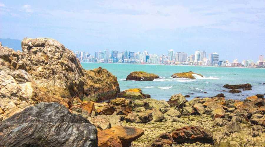 Qual a melhor praia de Itapema em Santa Catarina?